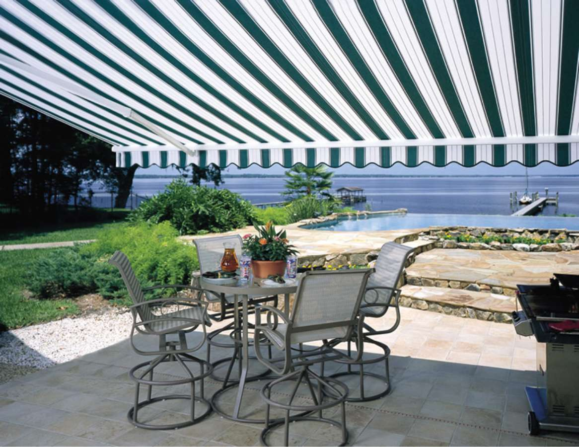 Retractable Awning on a raised deck